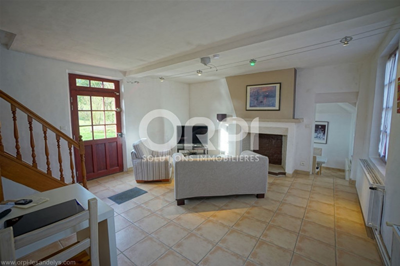 Vente maison / villa Charleval 158000€ - Photo 2