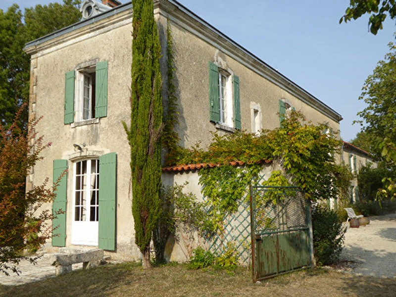 Deluxe sale house / villa Sainte soulle 787000€ - Picture 2