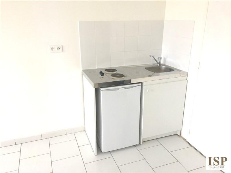 Rental apartment Marseille 10ème 430€ CC - Picture 3