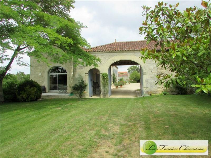 Vente maison / villa Besse 353000€ - Photo 2