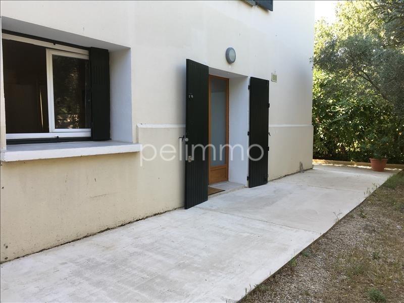 Rental apartment Salon de provence 640€ CC - Picture 2