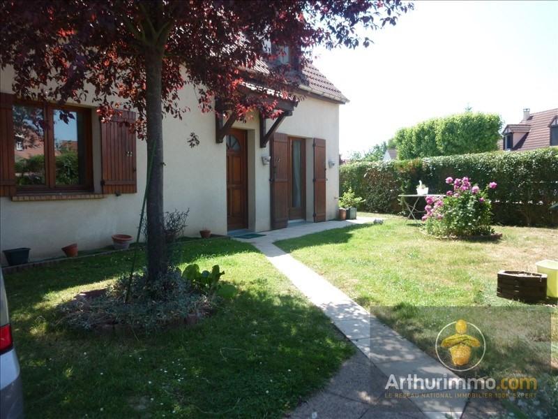 Sale house / villa Savigny le temple 281000€ - Picture 1