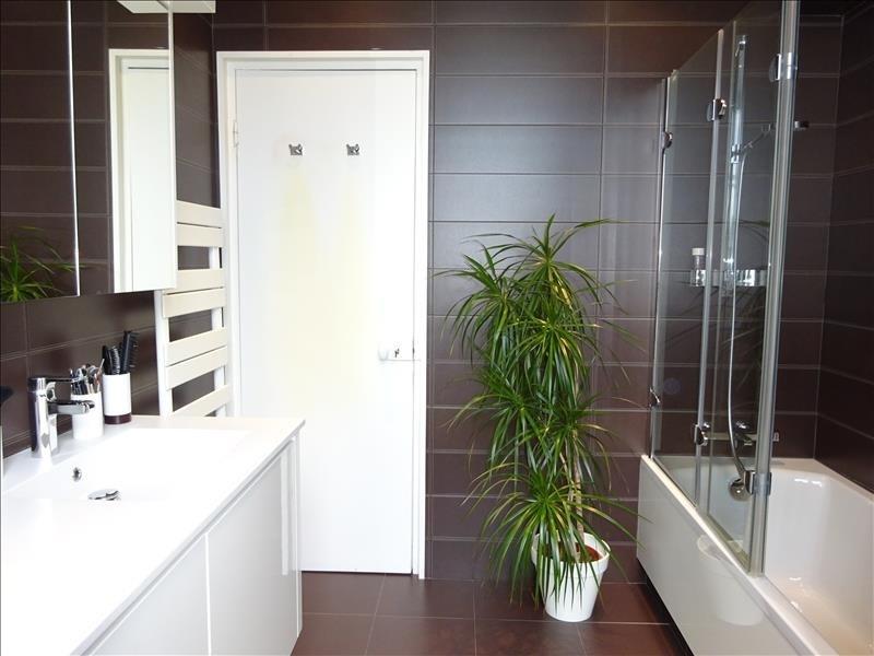 Deluxe sale house / villa Brest 610000€ - Picture 5