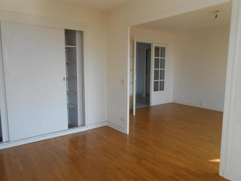 Location appartement Caluire 860€cc - Photo 3