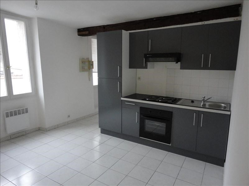 Location appartement Limours 566€ CC - Photo 1
