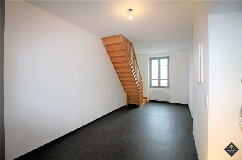 Sale apartment Pont de cheruy 110 500€ - Picture 1