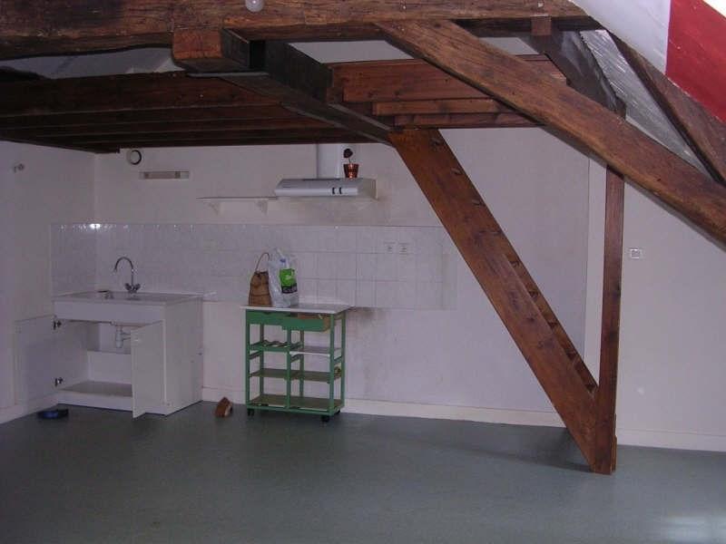 Rental apartment Auxerre 402€ CC - Picture 3