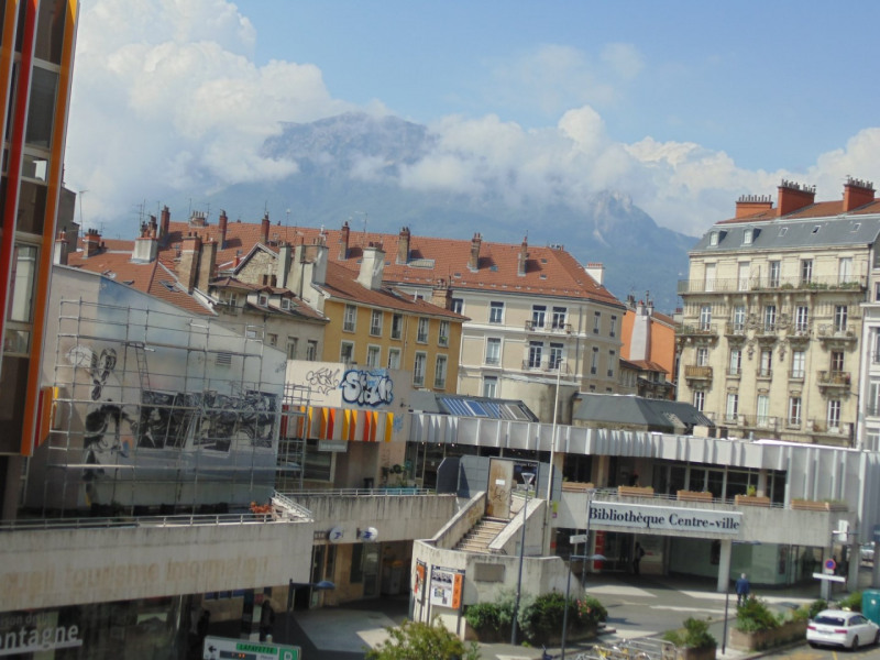 Sale apartment Grenoble 235 000€ - Picture 4