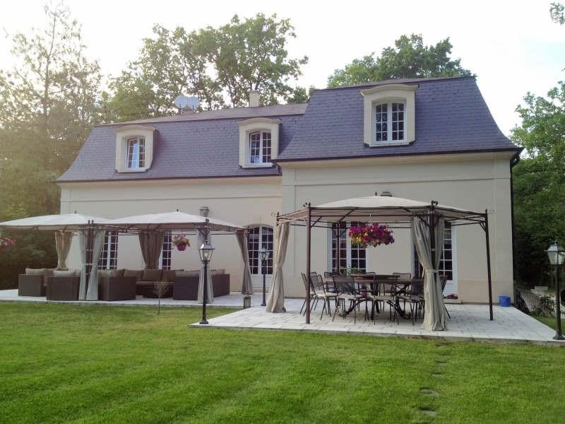 Deluxe sale house / villa Lamorlaye 1030000€ - Picture 2
