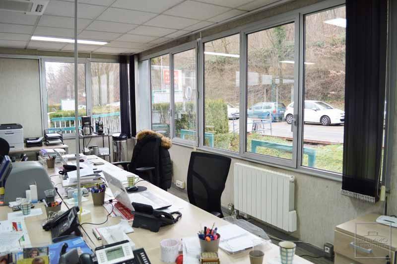 Rental shop Lissieu 723€ CC - Picture 1