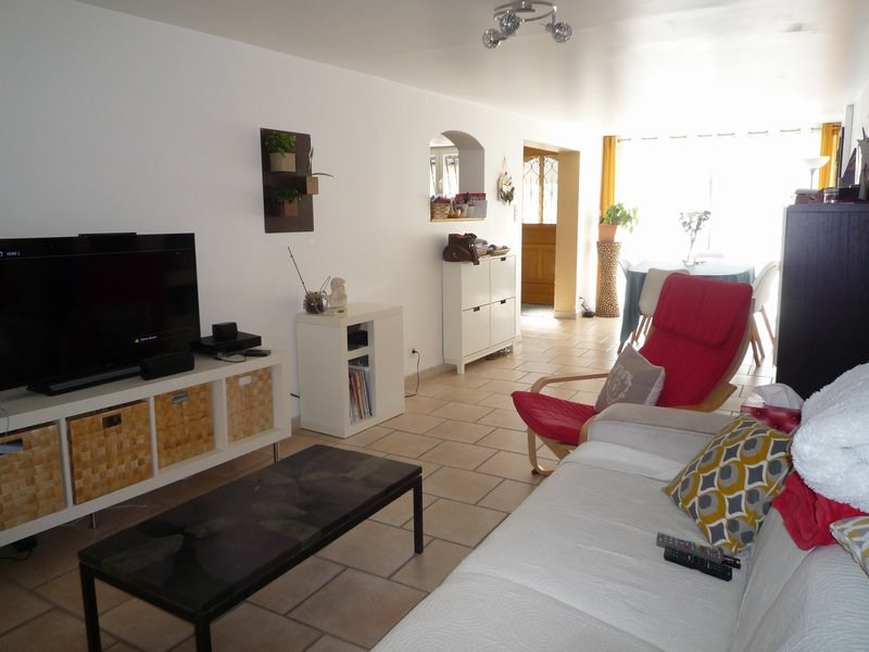 Vente maison / villa Serignan du comtat 210000€ - Photo 2