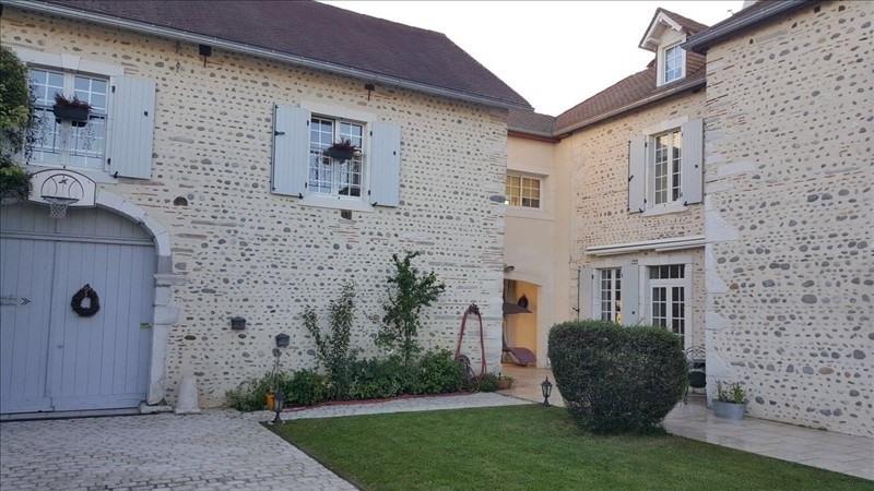Vente de prestige maison / villa Lons 699000€ - Photo 1