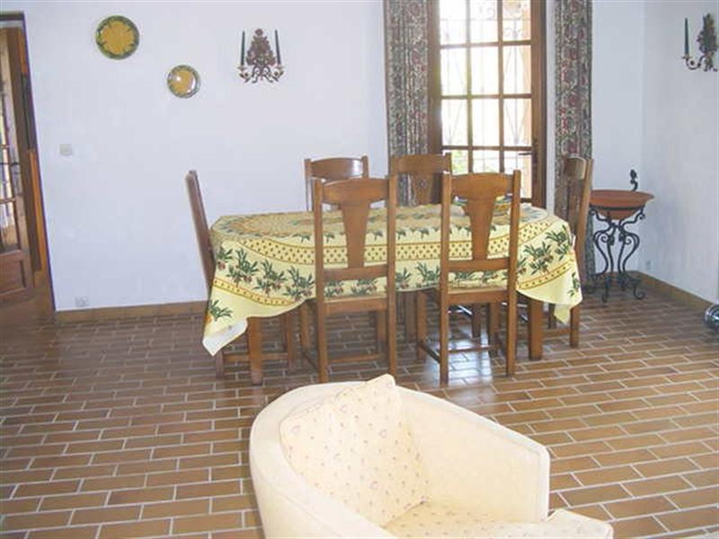 Vacation rental house / villa Les issambres 2 640€ - Picture 11