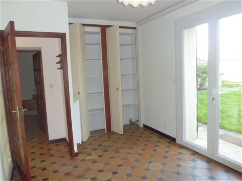 Rental house / villa Grisolles 780€ CC - Picture 9