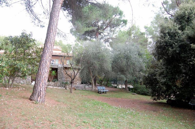 Vente de prestige maison / villa Bagnols en forêt 655000€ - Photo 8