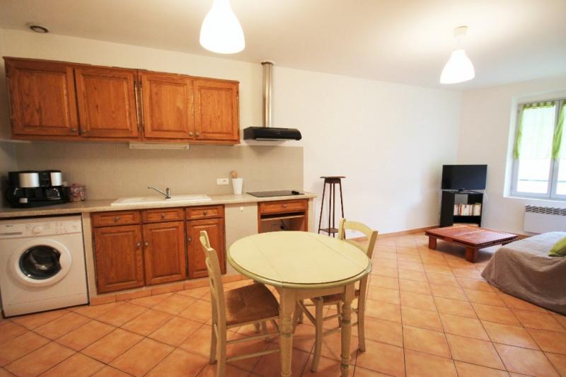 Location appartement Lambesc 700€ CC - Photo 2