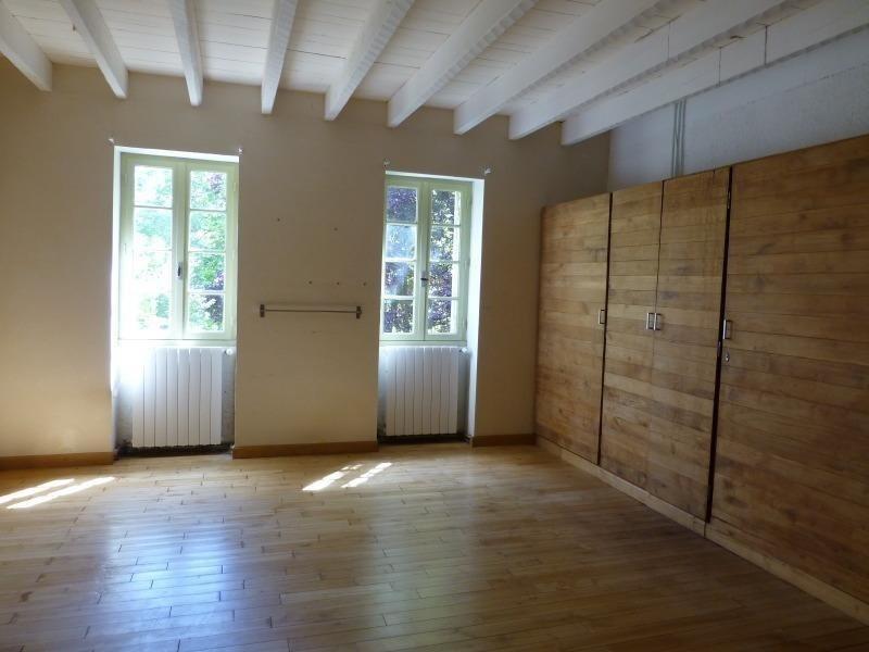 Vente maison / villa St germain de belves 397500€ - Photo 7