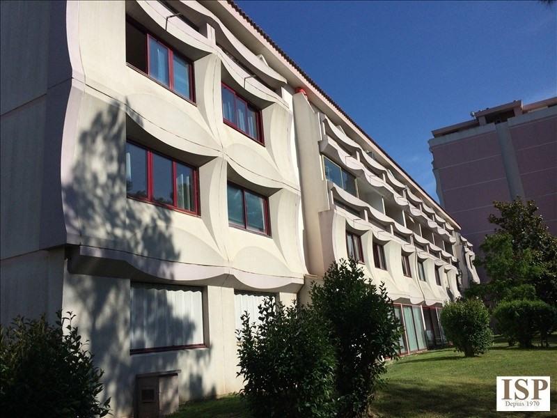 Location appartement Aix en provence 384€ CC - Photo 1