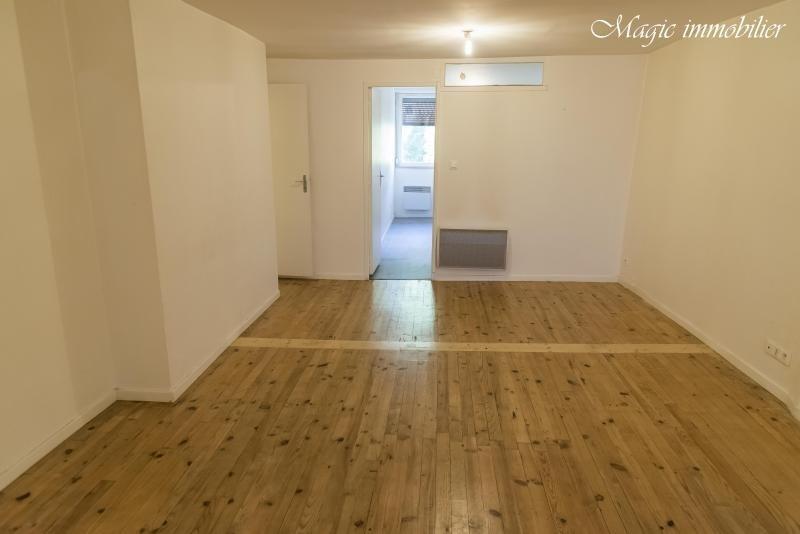Location appartement Nantua 435€ CC - Photo 2