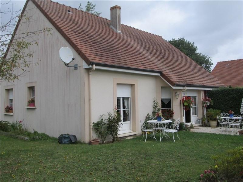 Rental house / villa Conches en ouche 746€ CC - Picture 1