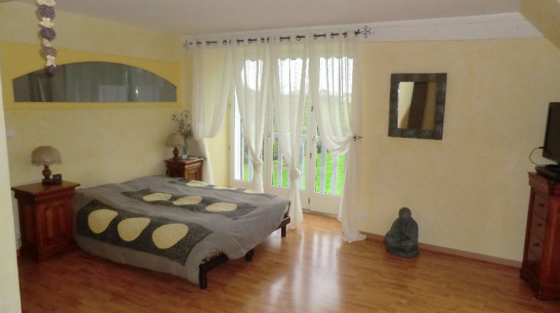 Sale house / villa Bonchamp-les-laval 417200€ - Picture 2