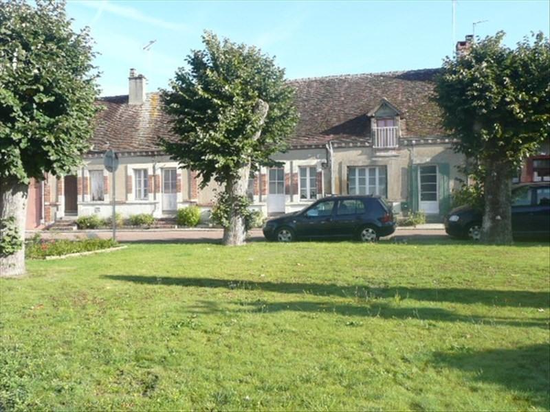 Sale house / villa Clemont 108000€ - Picture 1