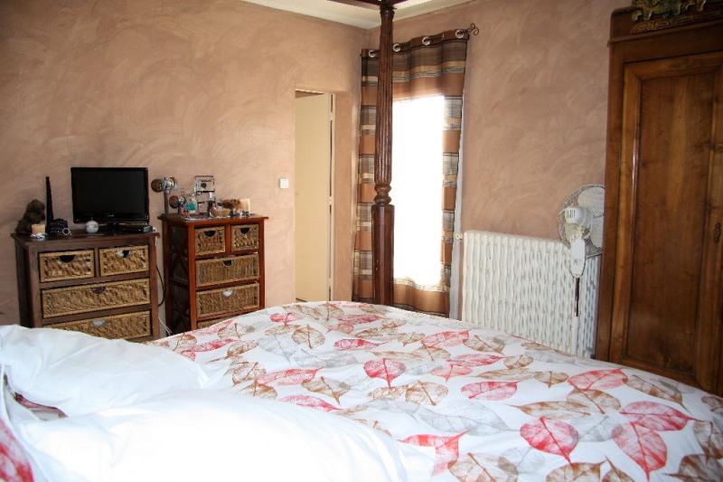 Sale house / villa Mus 213000€ - Picture 5