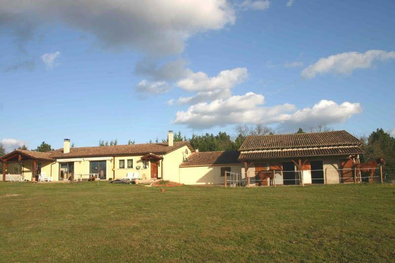 Vente maison / villa Montpon menesterol 458000€ - Photo 2
