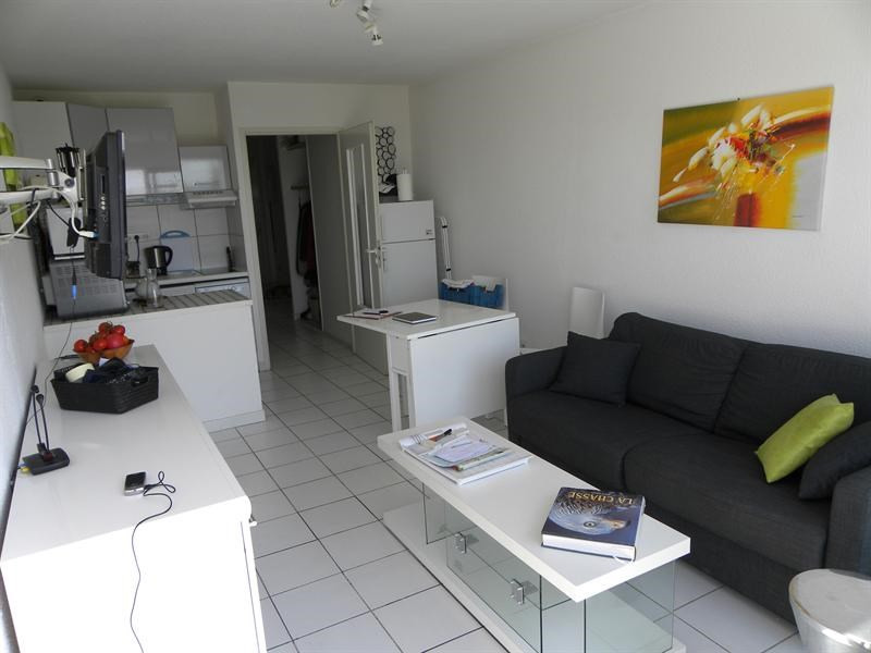 Location vacances appartement Bandol 370€ - Photo 4