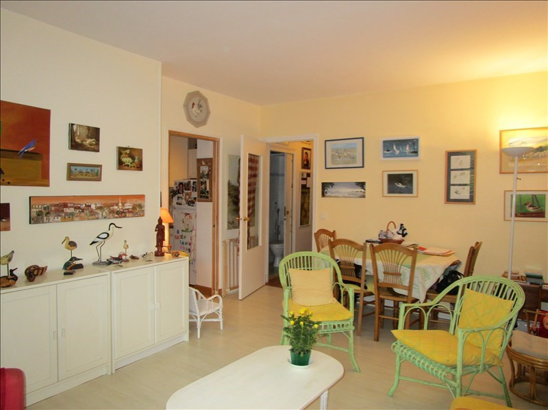 Sale apartment Versailles 320 000€ - Picture 2