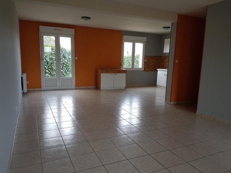 Location maison / villa Laval 670€ +CH - Photo 4