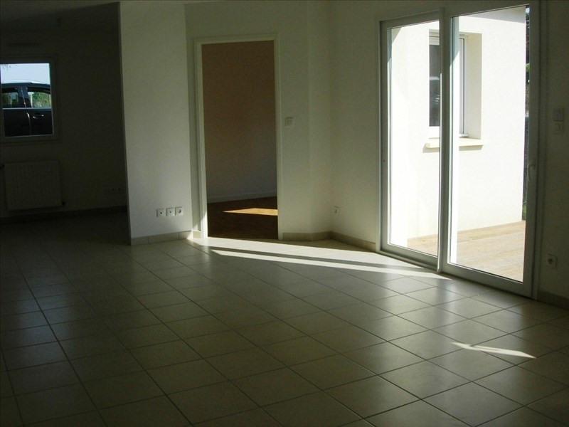 Location maison / villa Pledran 620€ CC - Photo 2