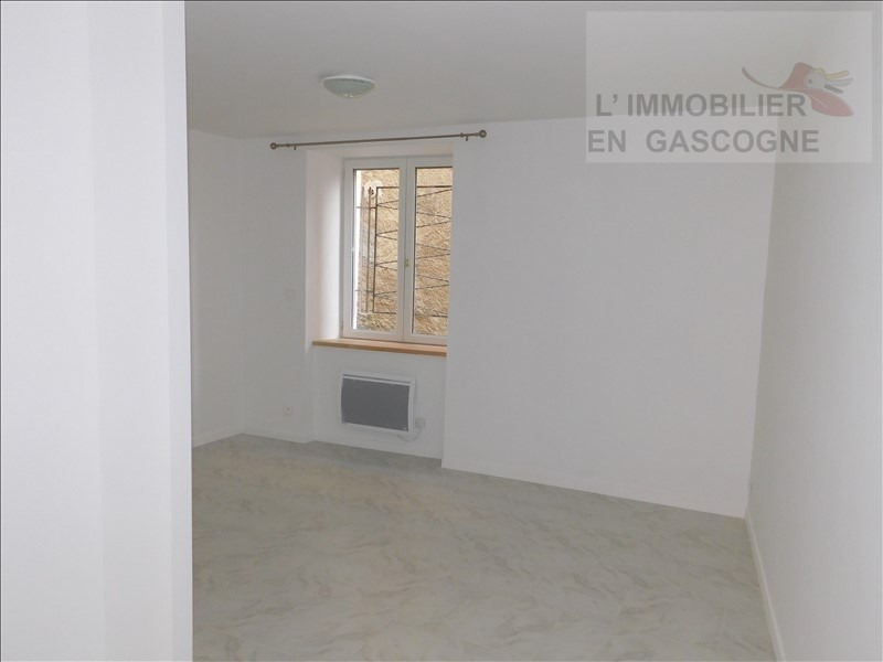 Rental apartment Auch 380€ CC - Picture 4