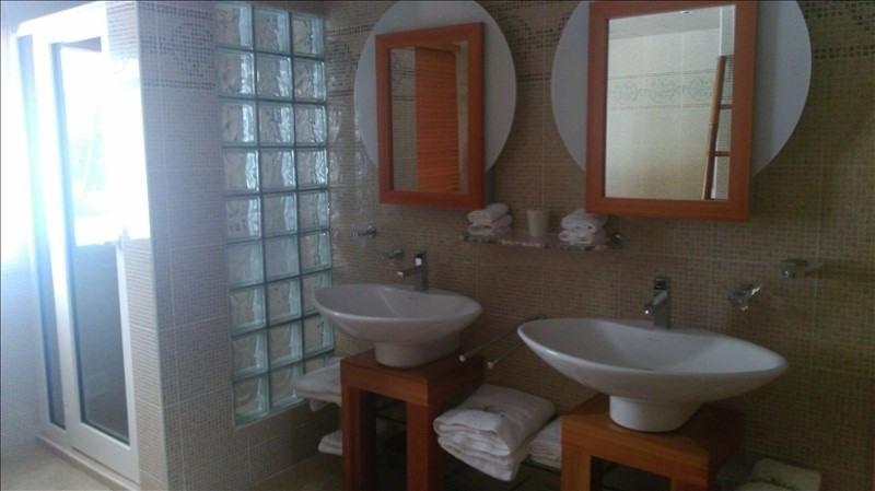Deluxe sale house / villa St francois 560000€ - Picture 10