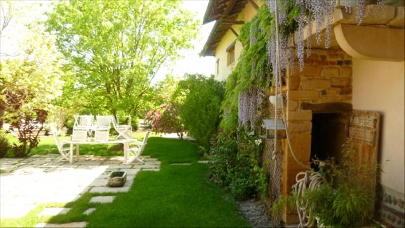 Deluxe sale house / villa Ars sur formans 740 000€ - Picture 3