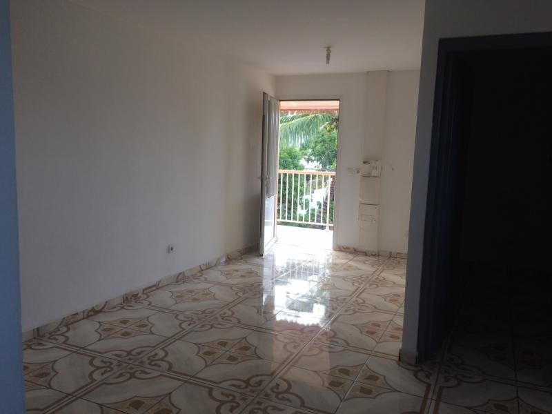 Location appartement La cressonniere 620€ CC - Photo 2