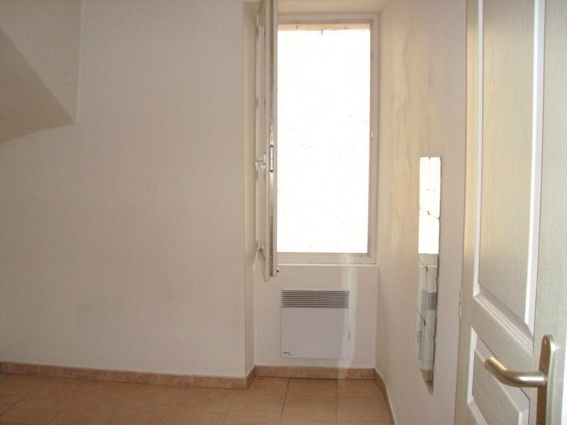 Location appartement Cadolive 478€ CC - Photo 2