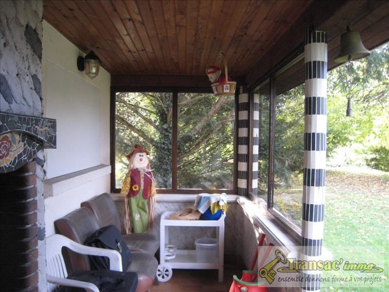 Sale house / villa Puy guillaume 128400€ - Picture 5