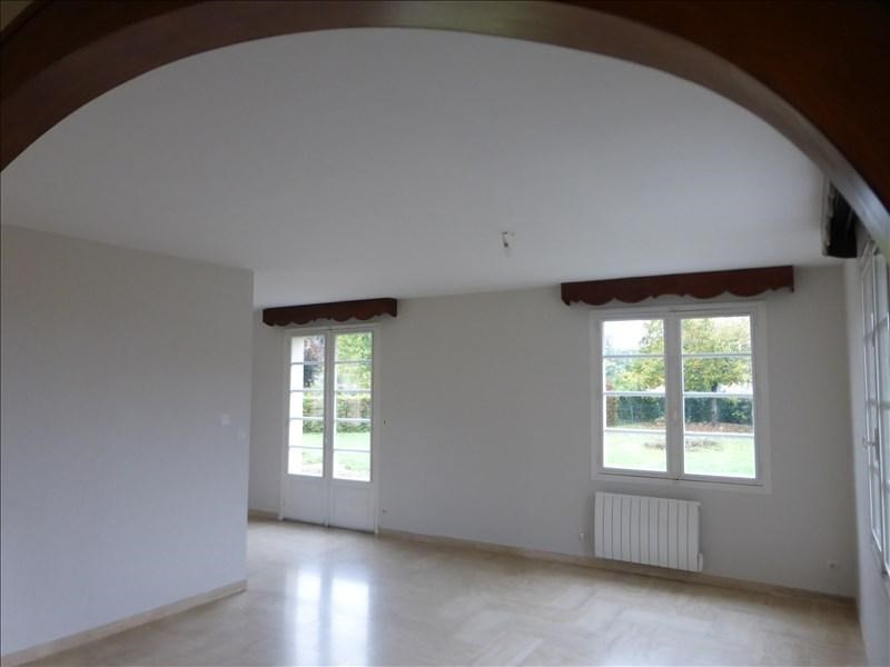Location maison / villa Caussade 730€ CC - Photo 4