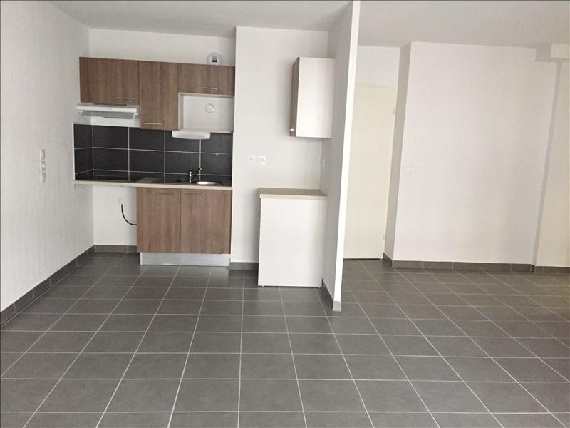 Rental apartment Sete 815€ CC - Picture 2