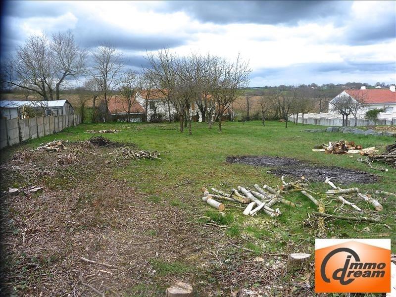 Vendita terreno Le fief sauvin 54250€ - Fotografia 1