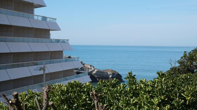 Deluxe sale apartment Biarritz 339 000€ - Picture 1