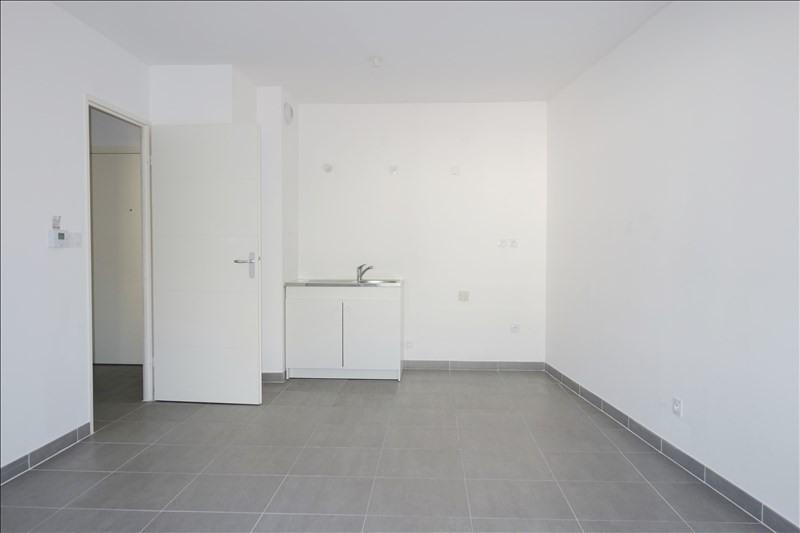 Verhuren  appartement Toulon 593€ CC - Foto 2