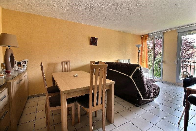 Sale apartment Brignais 175000€ - Picture 3