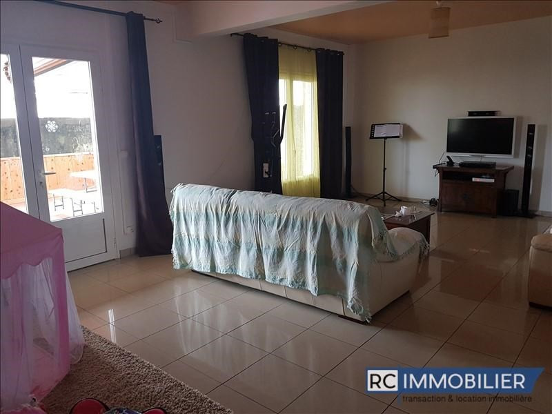 Location appartement Sainte-suzanne 990€ CC - Photo 4