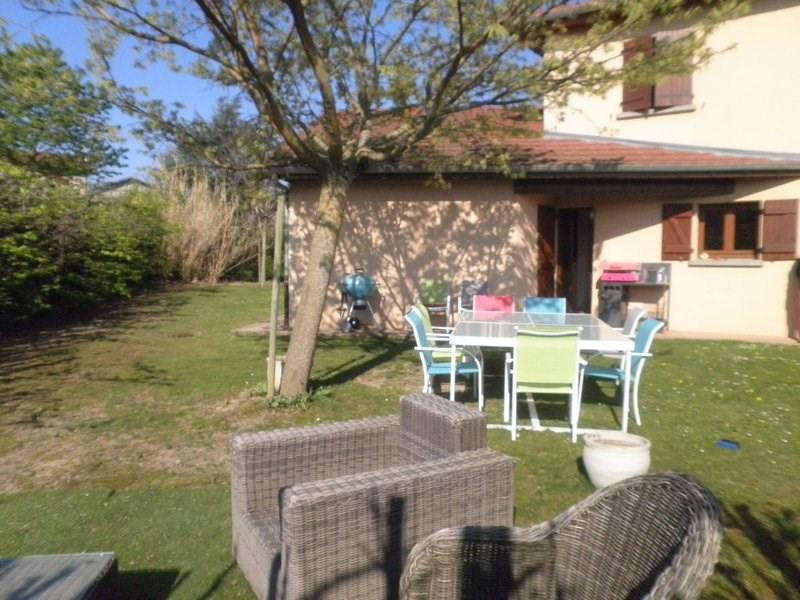 Rental house / villa Roche 1190€ +CH - Picture 2