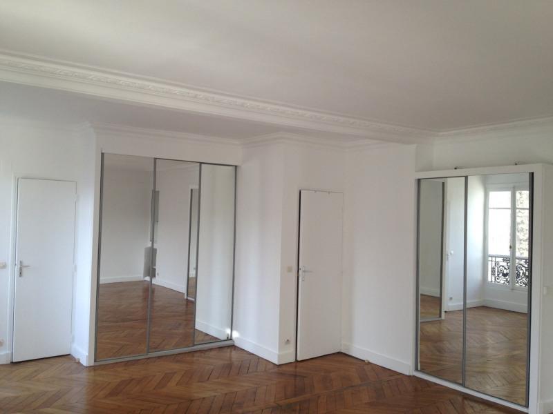 Location appartement Paris 8ème 1340€ CC - Photo 3