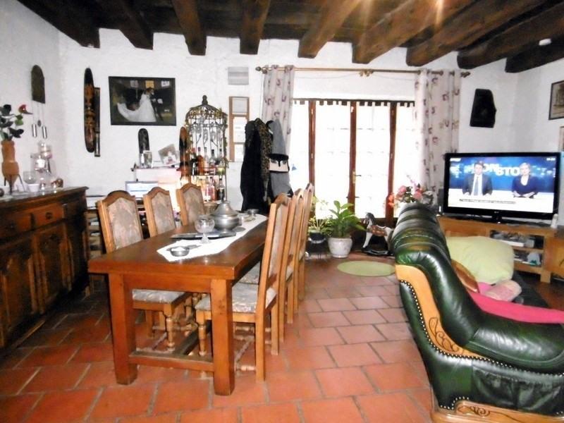 Sale house / villa St hilaire d estissac 129000€ - Picture 2