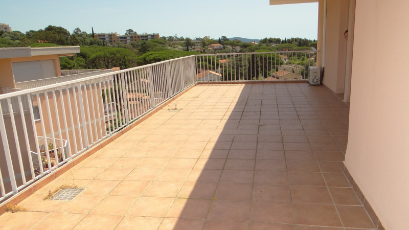 Sale apartment Cavalaire 580000€ - Picture 10