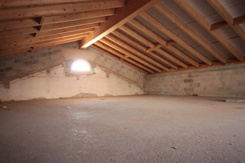 Location loft/atelier/surface Marseille 1 650€ CC - Photo 4